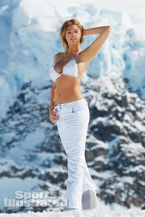 Kate Upton Sports Illustrated 2013 Swimsuit - 28LQ