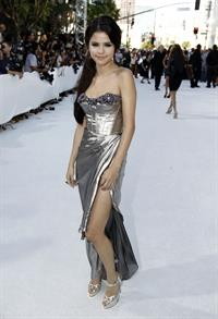 Selena Gomez 2010 MTV video music awards on September 12, 2010
