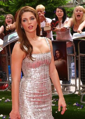 Ashley Greene Twilight Eclipse Premiere in London on July 1, 2010