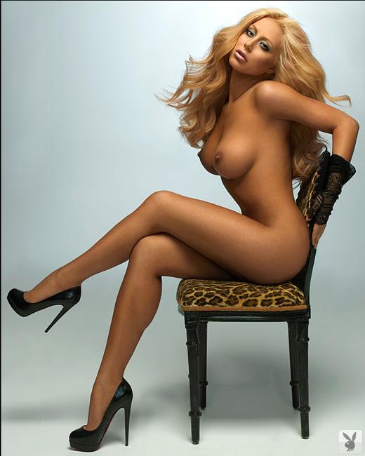 Naked Aubrey pussy oday