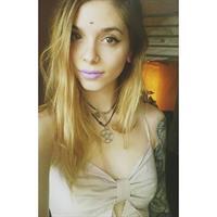 Maryann Fox taking a selfie