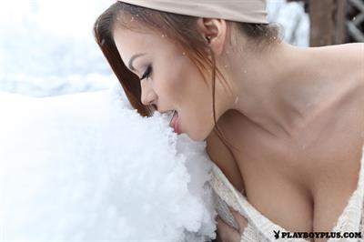 Playboy Cybergirl Olga Ogneva Nude on a snowy day