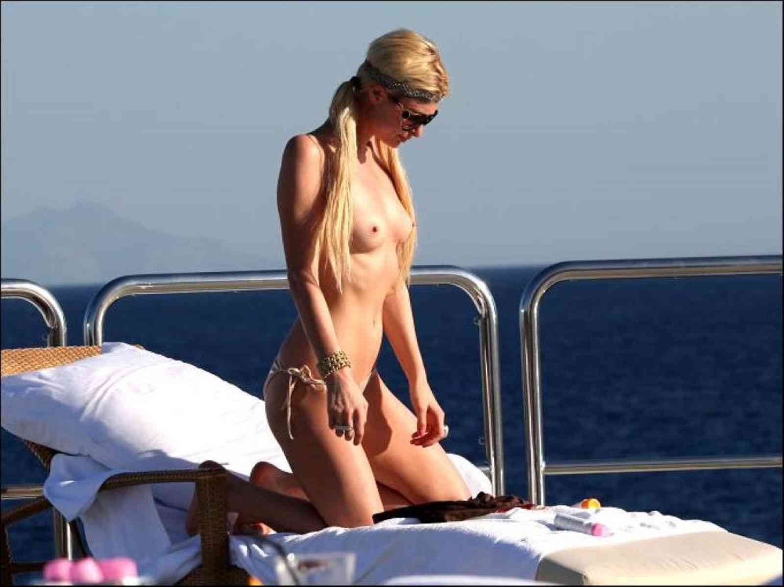 Paris Hilton - breasts
