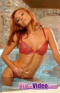 Anetta Keys in lingerie