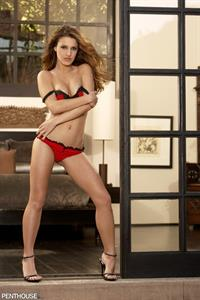 Andie Valentino in lingerie