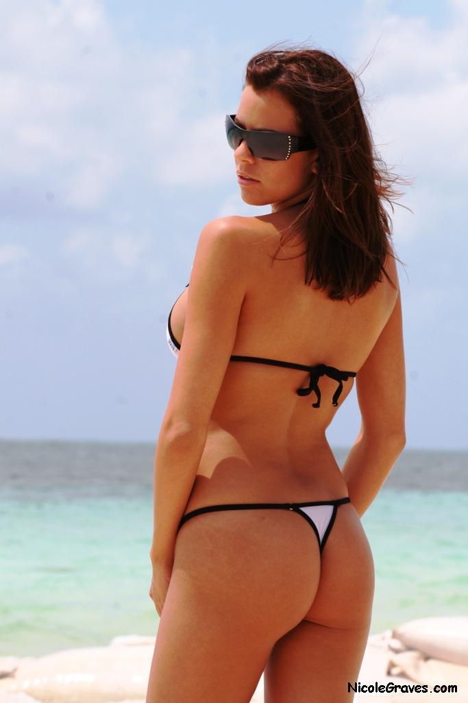 Nicole Graves in a bikini - ass