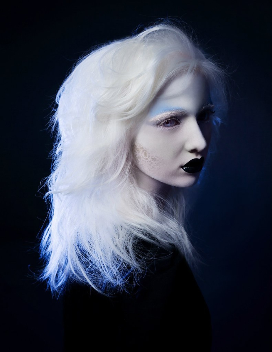 Beautiful albinos model