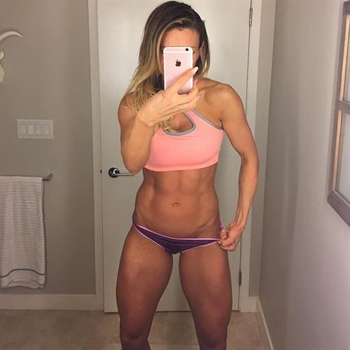 Paige Hathaway taking a selfie