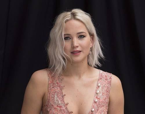 Jennifer Lawrence attending X-Men Apocalypse Press Conference in London on May 9, 2016