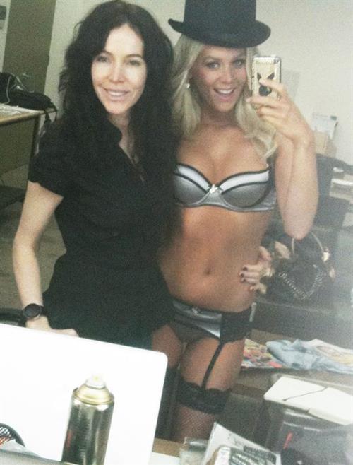 Sheridyn Fisher in lingerie taking a selfie