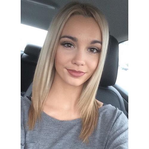 Caitlin Arnett