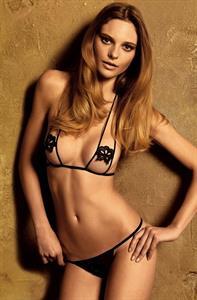 Fabiana Semprebom in lingerie