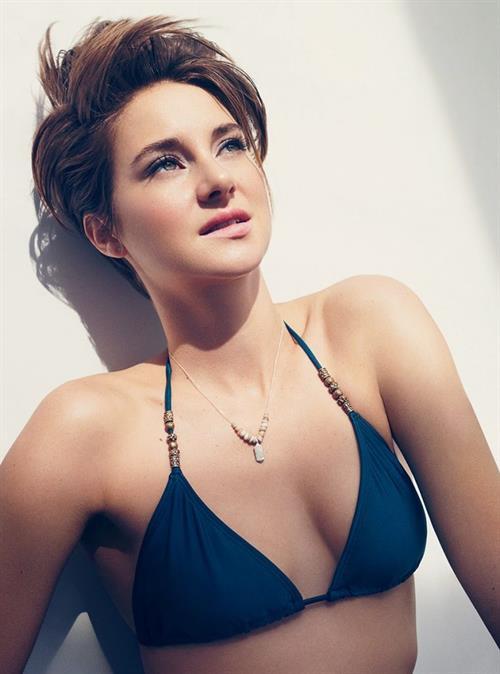 Shailene Woodley in a bikini