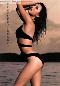 Leah Dizon in a bikini
