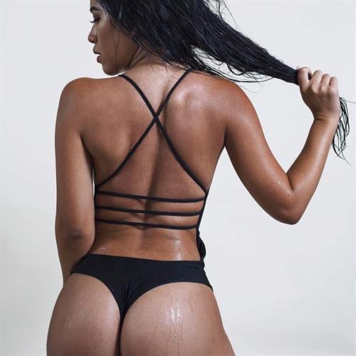 Julia Kelly in a bikini - ass