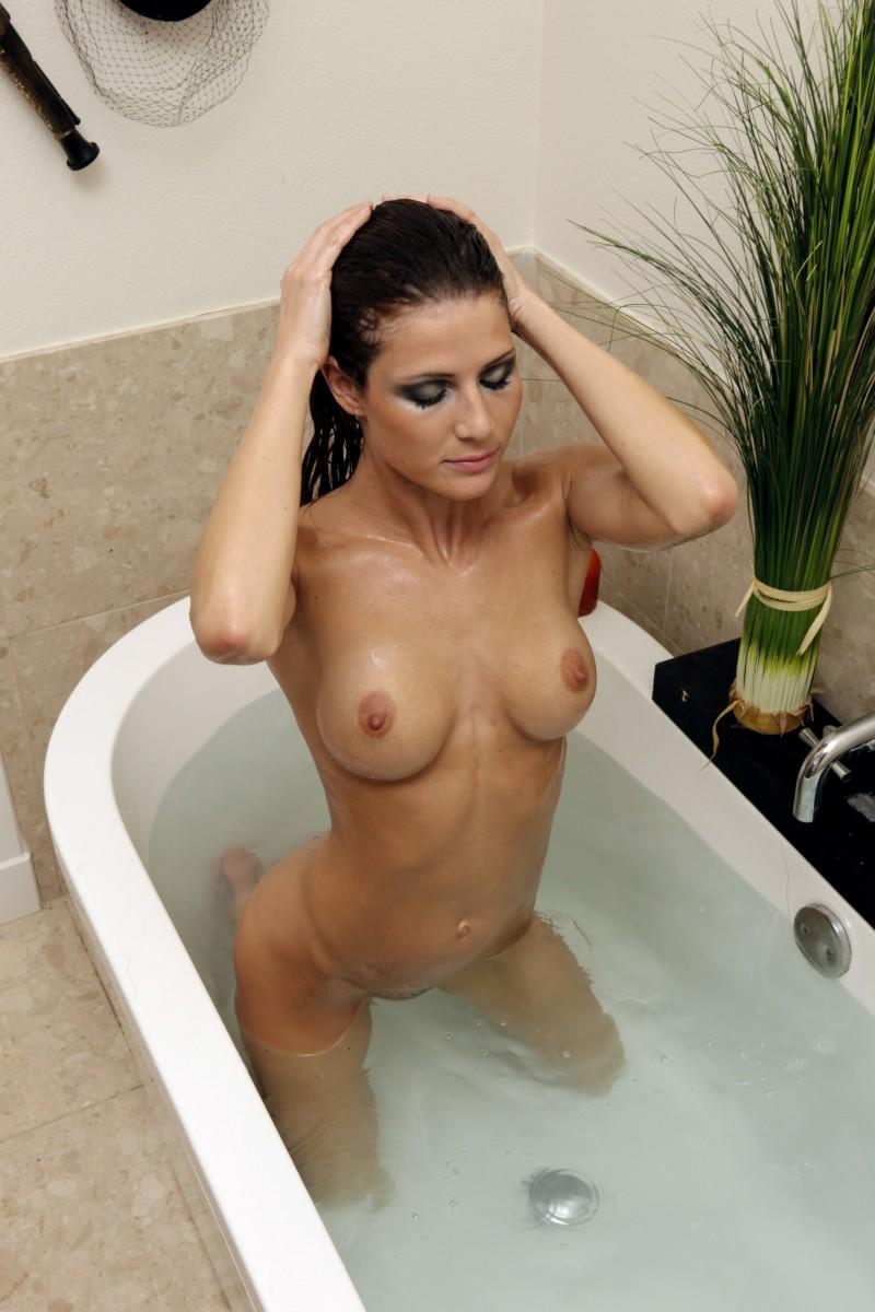 Jenni lee naked