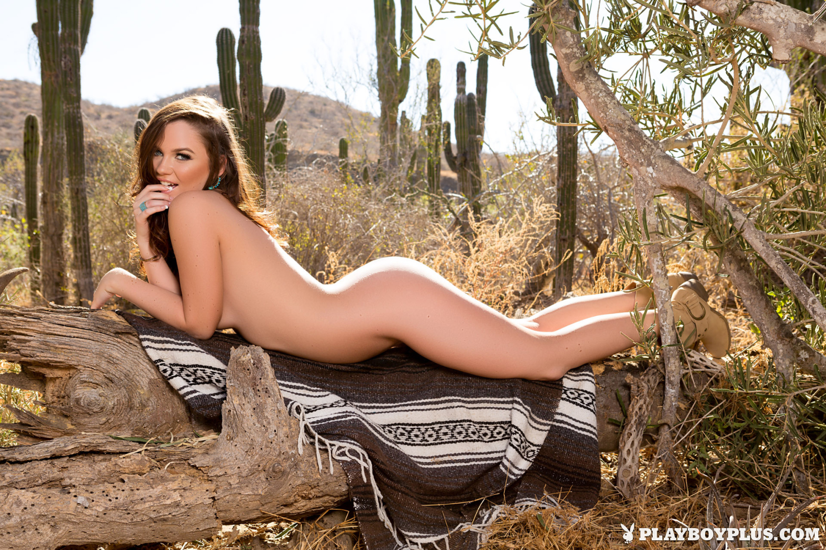 Playboy Cybergirl: Ashleigh Rae Nude outdoors in the desert at Playboy Plus!