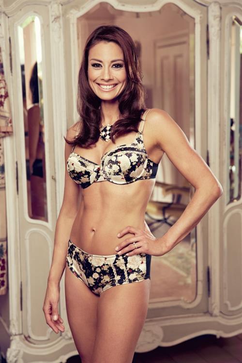 Melanie Sykes in lingerie