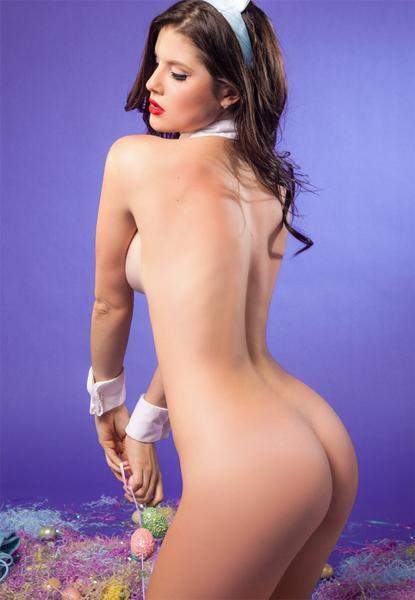Amanda cerny naked playboy