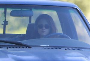 Kristen Stewart driving in Los Angeles - October 30, 2013