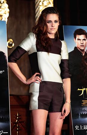 Kristen Stewart The Twilight Saga: Breaking Dawn Part 2 photocall in Tokyo on October 24, 2012