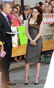 Kristen Stewart at 'The Today Show' in New York City - May 31, 2012