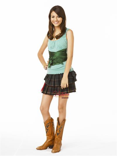 Victoria Justice FST Zoey 101 Season 4 promoshoot