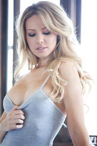 Tiffany Toth