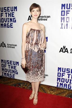 Anne Hathaway Attended the Museum of the Moving Image 27th Annual Black Tie Salute in New York Dec 11, 2012