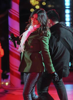 Victoria Justice 80th annual Rockefeller Center Christmas Tree Lighting Ceremony NYC 11/28/12