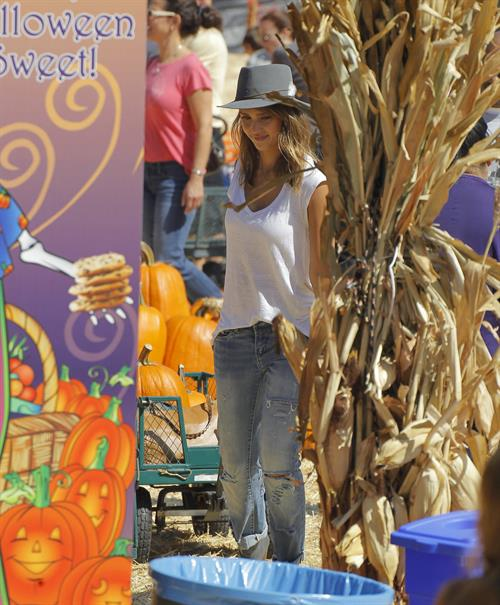 Jessica Alba – at Mr Bones Pumpkin Patch 10/12/13