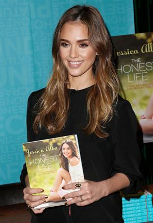 Jessica Alba 'The Honest Life' book signing in Pasadena 3/16/13