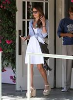 Jessica Alba At Ivy in before heading back to her office in Santa Monica - August 17,2012