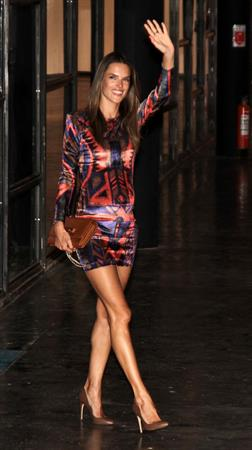 Alessandra Ambrosio fashion week arrival Sao Paulo 21.01.12