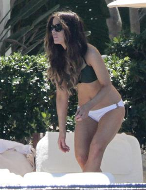 Kate Beckinsale in bikini as she fits in some sunbathing on family holiday in Mexico March 28-2013