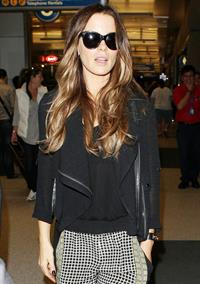 Kate Beckinsale at LA Airport September 23, 2013