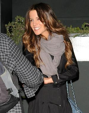 Kate Beckinsale leaving Tavern after dinner January 30-2013