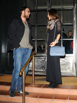 Kate Beckinsale and a friend grabbed a bite at Tavern in Brentwood on Thursday, January 24-2012