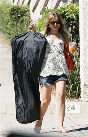 Kristen Bell Running errands in West Hollywood - August 27, 2012