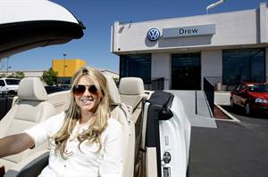 Ali Fedotowsky shops for a new car in San Diego on August 20, 2010
