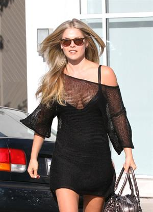 Ali Larter outside Byron and Tracey Salon Beverly Hills 12.07.11
