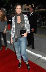 Amanda Peet at the Pineapple Express premiere in Westwood