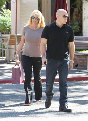 Britney Spears out shopping in Calabasas 10/23/12