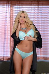 Summer Brielle in lingerie
