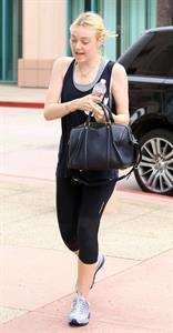 Dakota Fanning spotted at the gym in Studio City (24.08.2012)