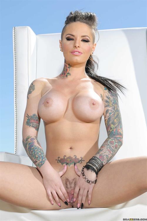 Christi mack nude