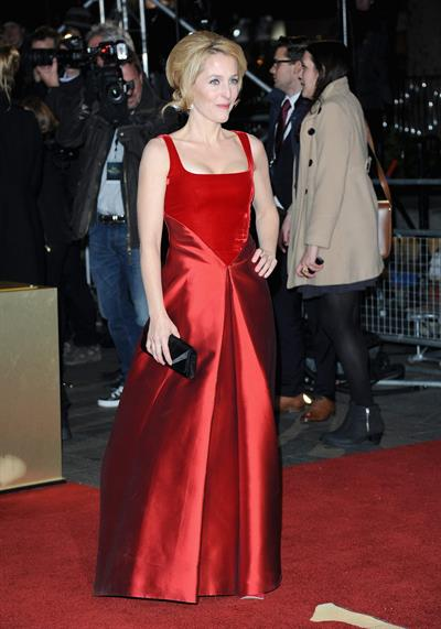 Gillian Anderson The World Premiere Of Les Miserables December 5, 2012
