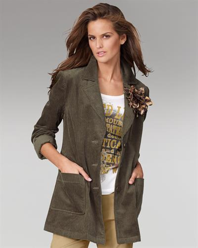 Izabel Goulart Newport News