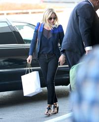 Jane Krakowski arrives at LAX Airport - September 24, 2012