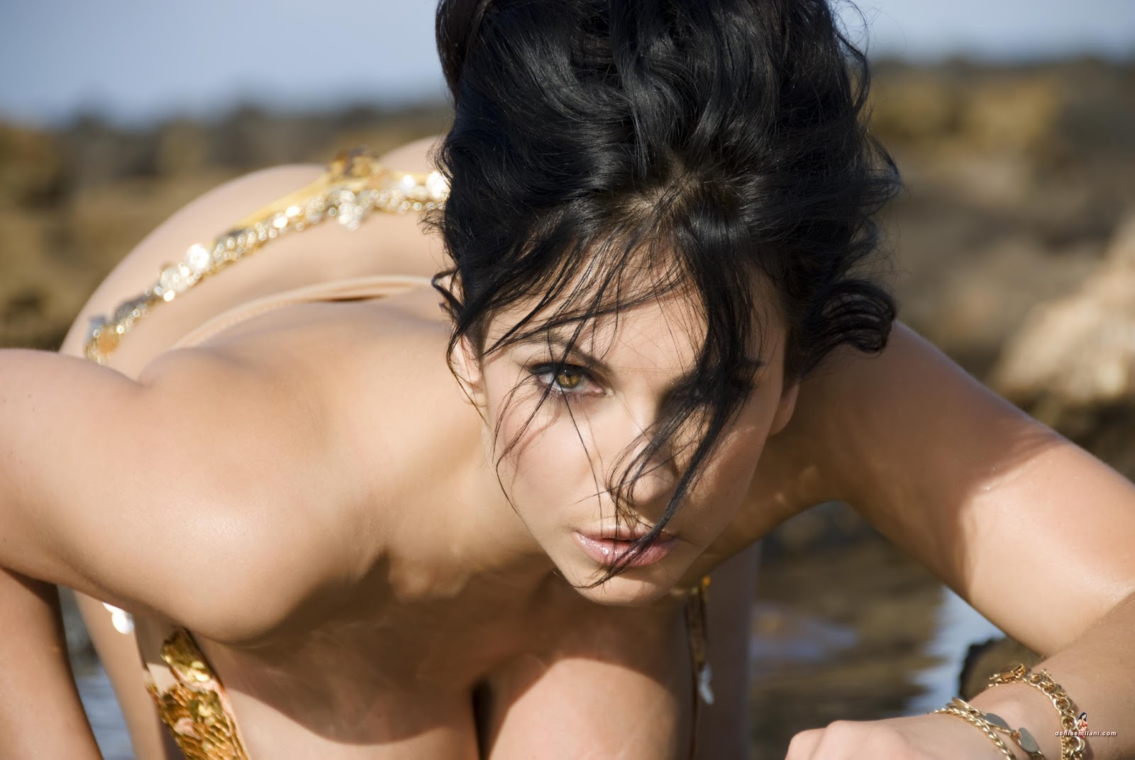 picture-leyla-milani-naked-pics